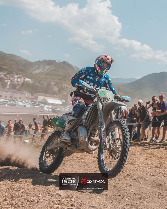 Another great day for @matteo.pavoni98 at the @fim_isde  📷  @duffie808  #24mx #enduro #isde