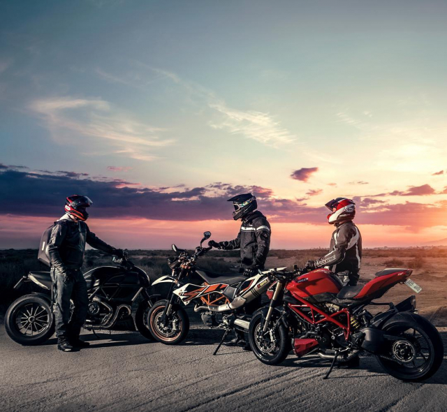 Gear up for 2019! Sport, touring, custom or modern classic – we have something for everyone 🖤💛 . . . . #course #coursegear #coursejacket #motorcyclegear #gearup #motorcycleseason #season2019 #ducati #ktm #xlmoto